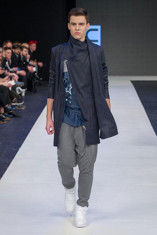 unvtd Fashion Week Poland catwalk wybieg płaszcz męski