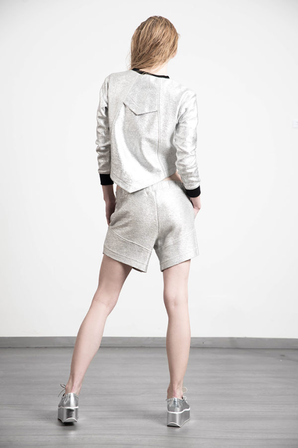 unvtd krótka bluza srebro tył